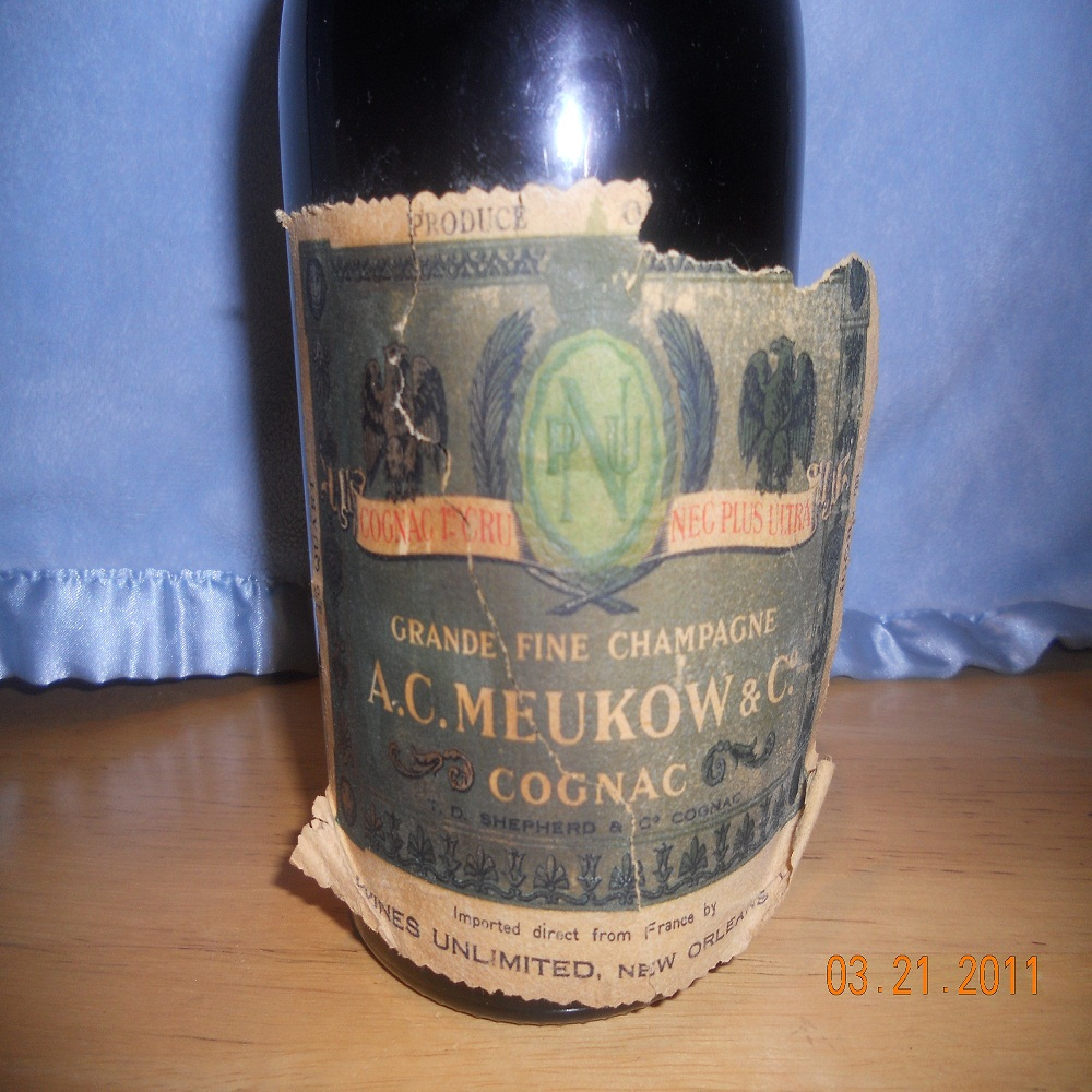 Meukow Old Bottle