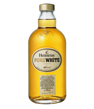 Hennessy-vs-cognac-pure-white-mid