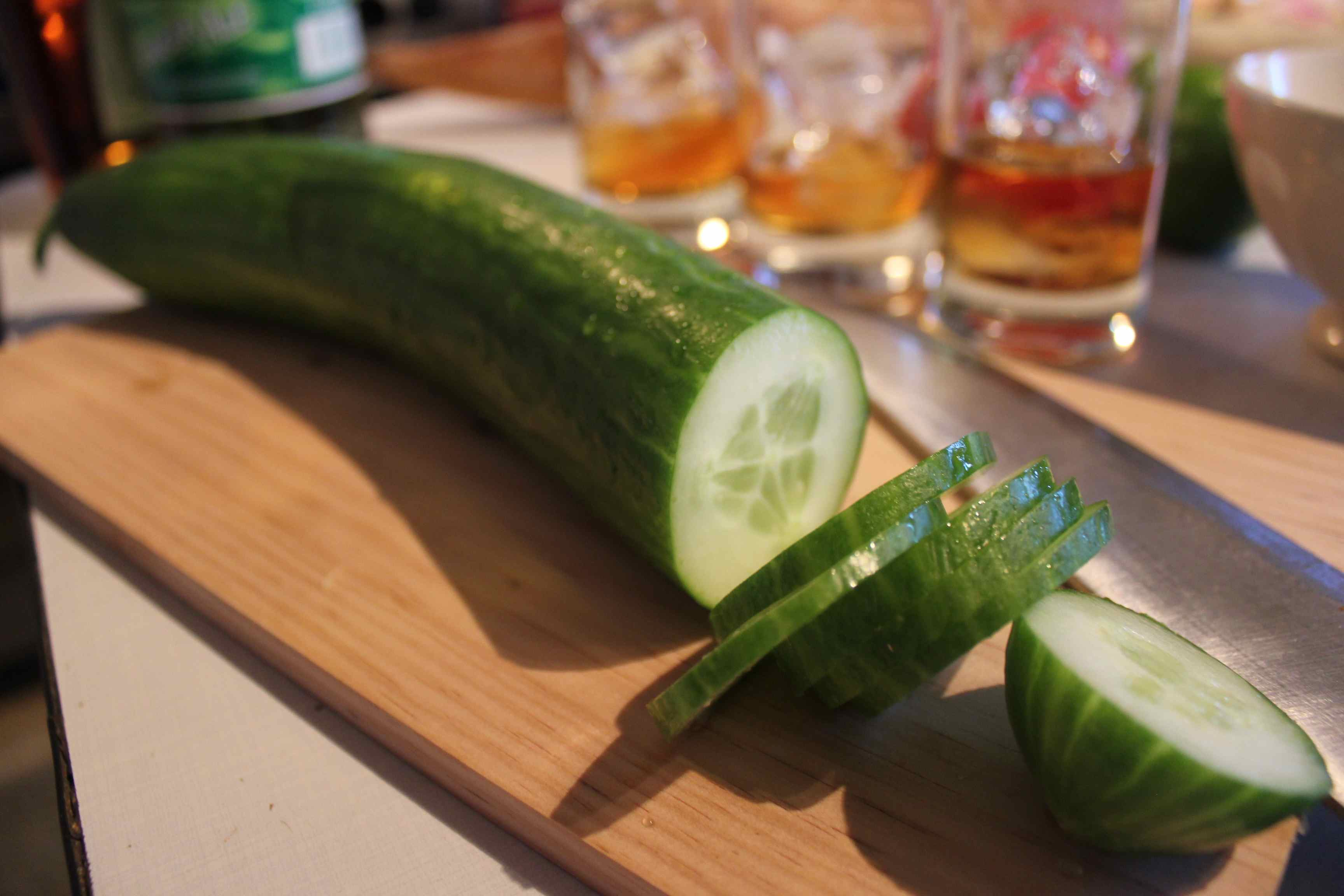 Cucumber cutting