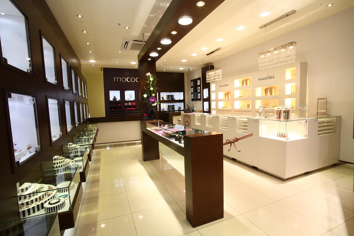 Jewellery Store Mococo boasts Cognac Bar to Tempt Customers