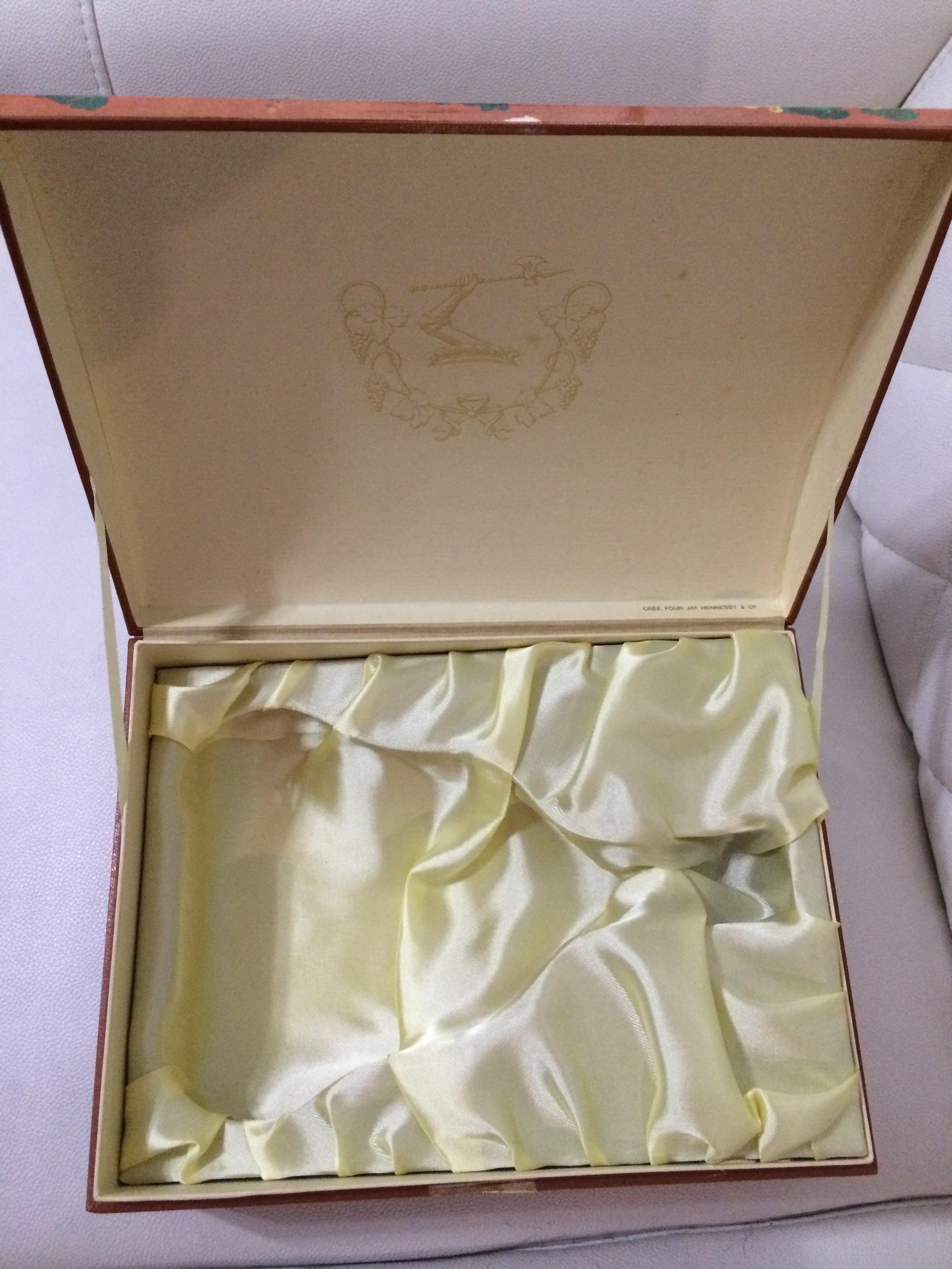 Hennessy XO Box