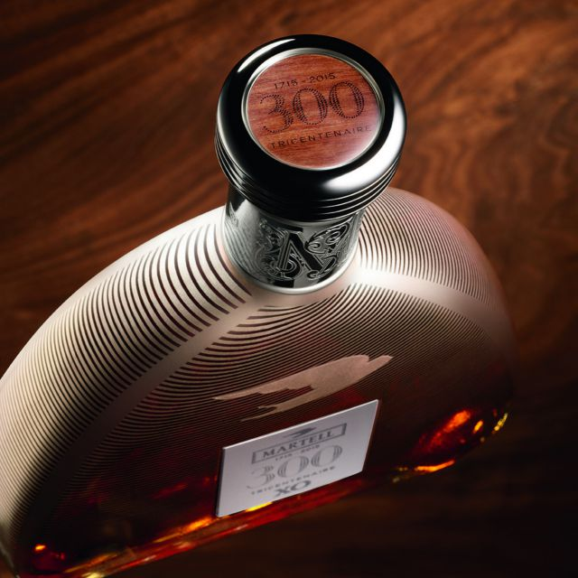cognac-martell-xo-tricentenaire-exclusive-edition-focus-bottle