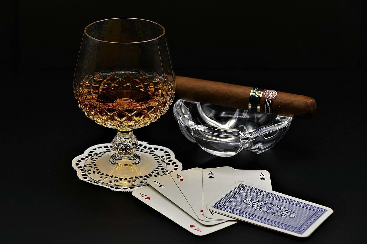 Cognac and Cigars: 6 Great Pairings