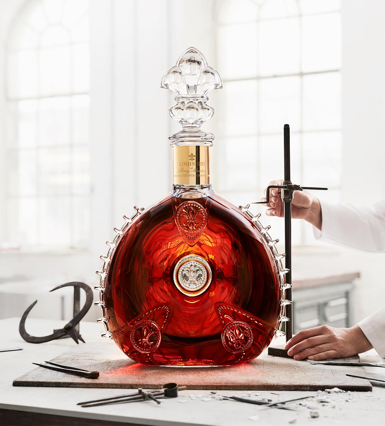 World's Largest Cognac Decanter: Remy Martin Louis XIII Le Salmanazar