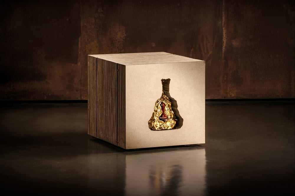 Decanter with packaging