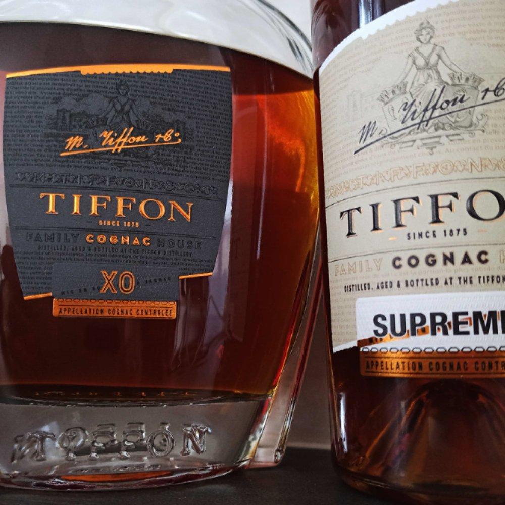 Close up look at the Tiffon XO and Tiffon Supreme bottles